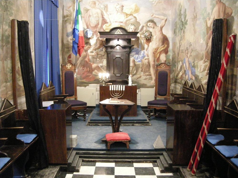 Palazzo_Roffia,_galleria_22.JPG