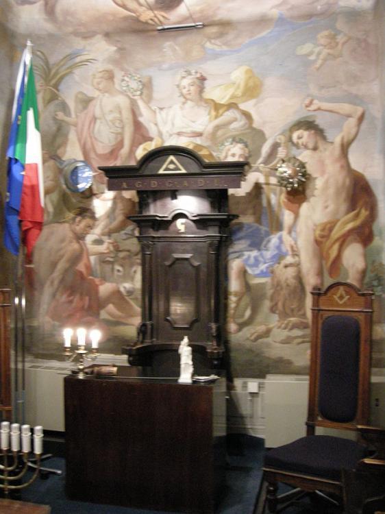 Palazzo_Roffia,_galleria_23.JPG